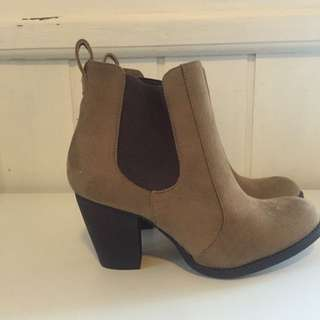 Women's Brown Ankle Boots