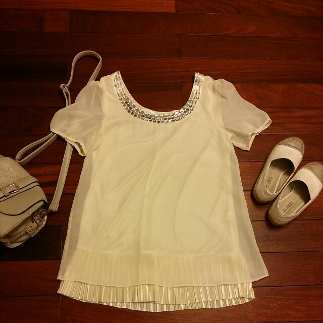 米白雪紡上衣洋裝