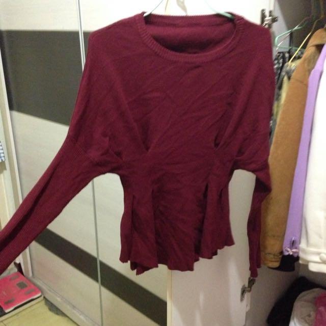 酒紅針織衣