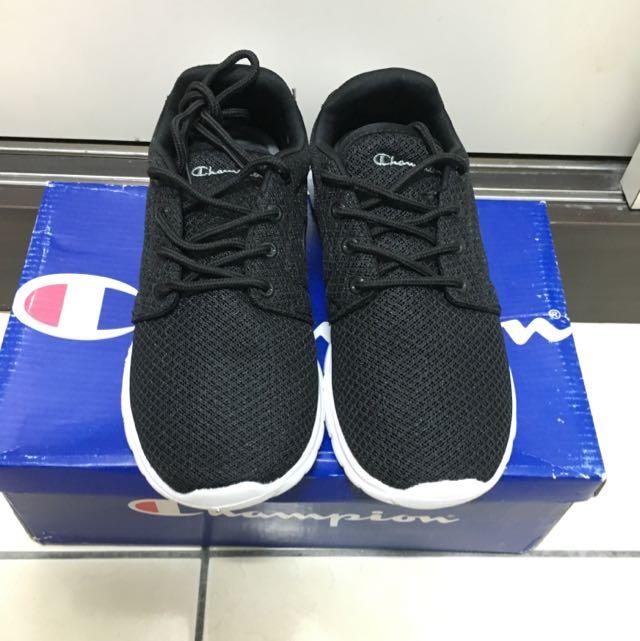 Champion 黑色休閒慢跑鞋