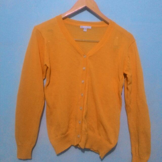 GAP Yellow Sweater