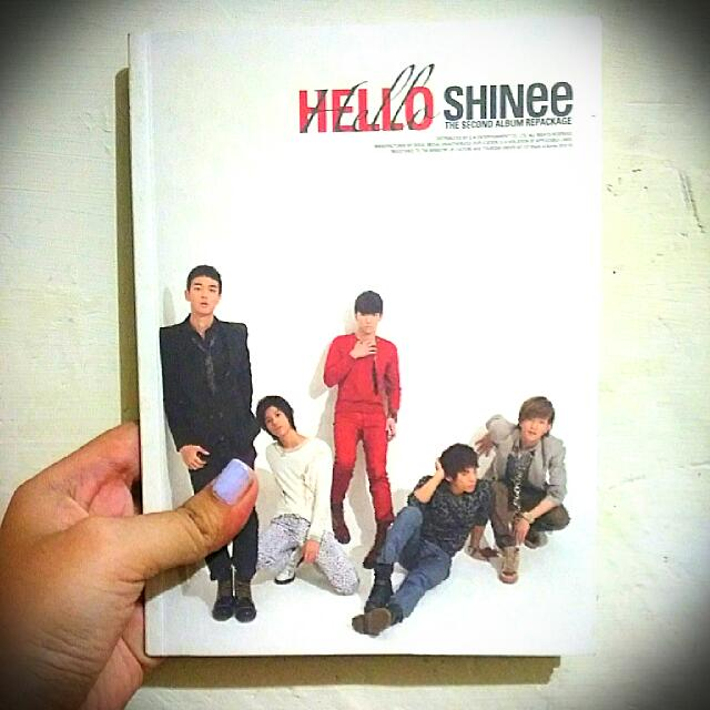 Hello (The 2nd Album Repackage) - SHINee