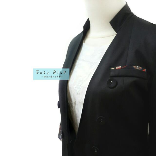 Solemio Semi Blazer in Black