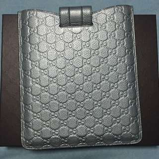 Gucci iPad Cover Metallic Leather (100% authentic)
