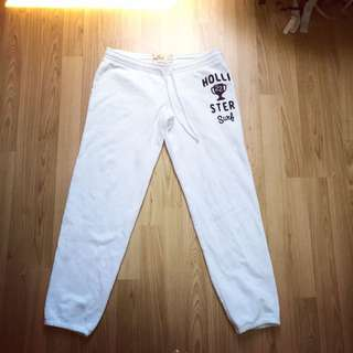 Hollister Sweatpants Small