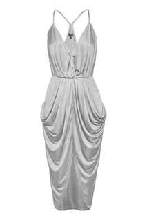Pre-loved Sheike 'Destiny' dress in Silver Size 10