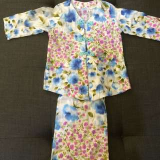 Girl's Baju Kurung Moden with Chinese Buttons
