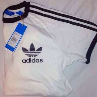 Adidas T-shirt WITH TAGS