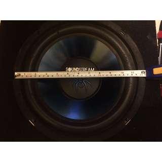Soundstream woofer with Target Monoblock amplifier