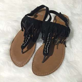 NEW NOVO tassel black sandals