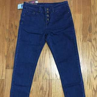 原色四釦深藍窄管牛仔長褲-L號-全新未穿吊牌在-降價出清-免運含運