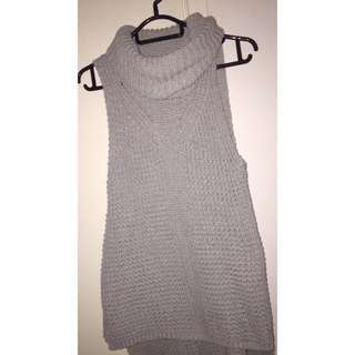 Size L - Grey Turtle Neck Sleeveless Top