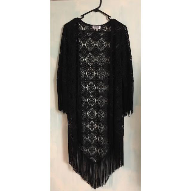 Black Fringed-Kimono