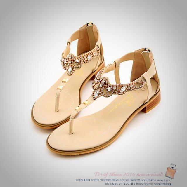 全新轉賣D+AF 璀璨寶盒‧波希風水鑽寶石夾腳涼鞋*米 40號