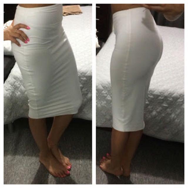 Kookai Size 1 White Midi Skirt