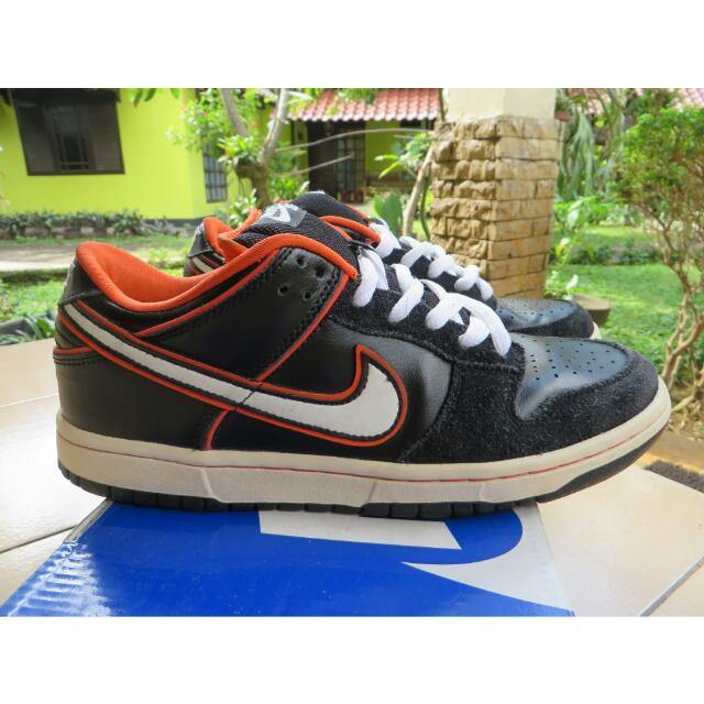 61461f3daa53 Nike SB Dunk Low ORIGINAL (Black-White-Orange Blaze)