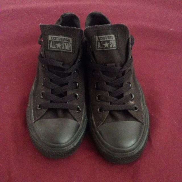 Size 37 All Black Converse