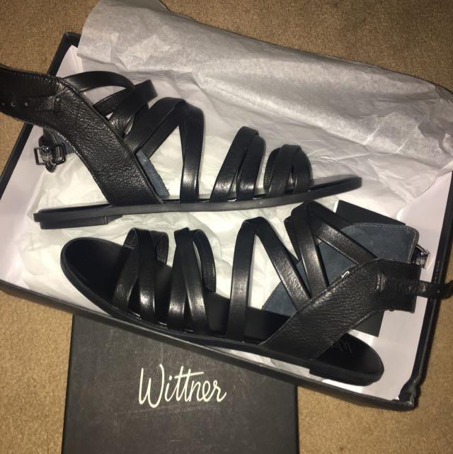 Wittner Size 8 Black Sandals