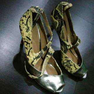 Charles & Keith High Heel Shoes (Size 36)