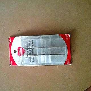 Red Heart Steel Yarn Needles