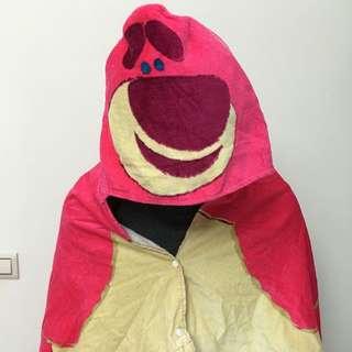 香港迪士尼限定款 全新正品 玩具總動員 熊抱哥 草莓熊 披風連帽套頭 浴巾 毛巾 保暖披肩 現貨