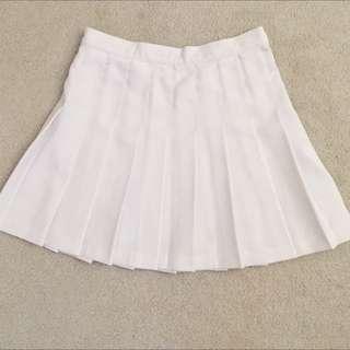 American Apparel Tennis Skirt - White, size M