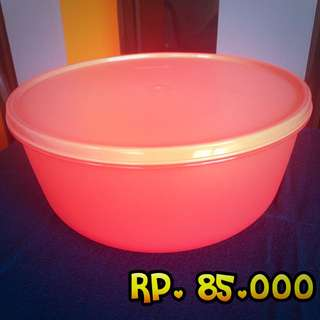 Tupperware Guava Bowl