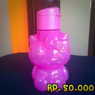 Tupperware Hello Kitty Bottle (purple)