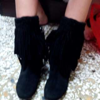 超時尚黑色馬靴