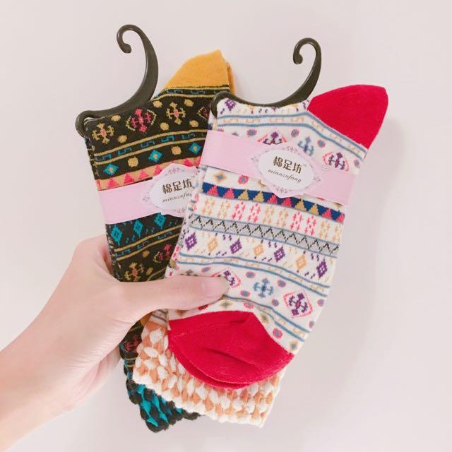 (全新)復古圖騰襪