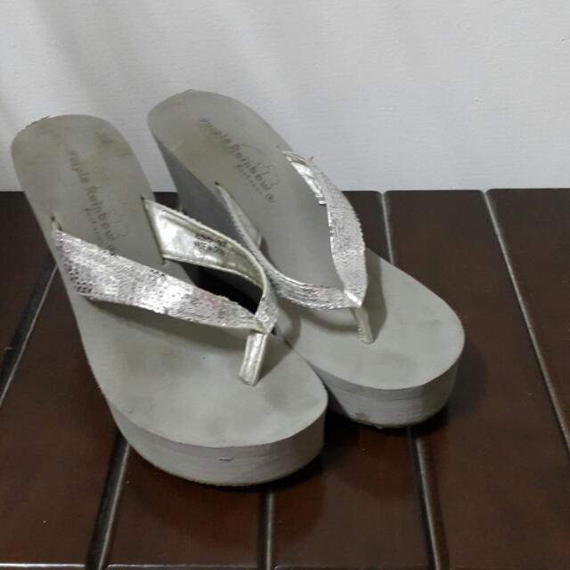 亮片厚底夾腳鞋