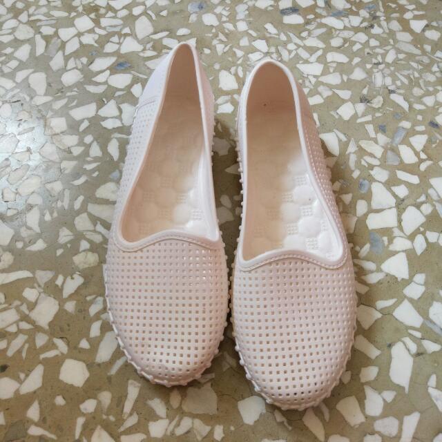 白色洞洞平底鞋 膠鞋 涼鞋 38號