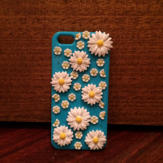 Daisy iPhone 5 Cover