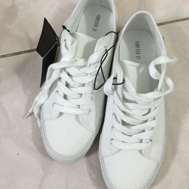 Forever21白帆布鞋休閒鞋