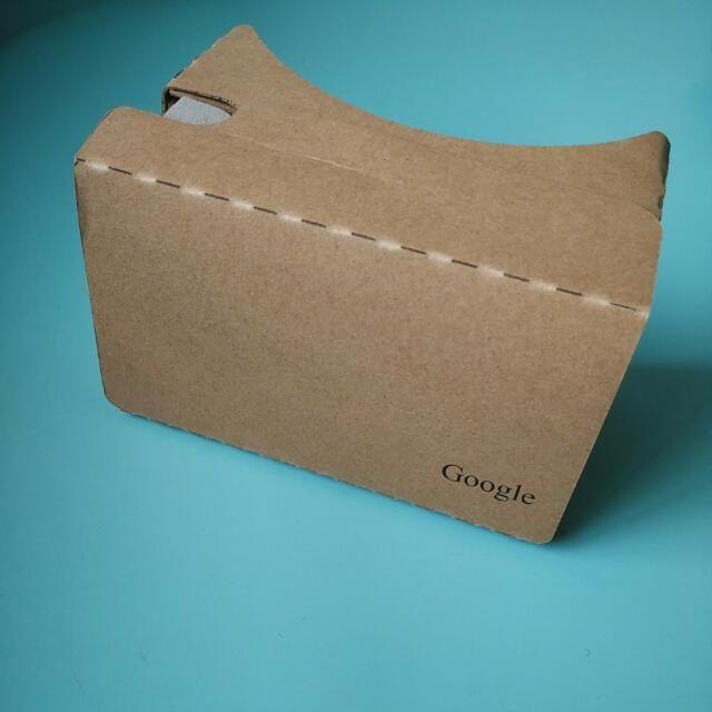 Google Cardboard V2 (Back in Demand)