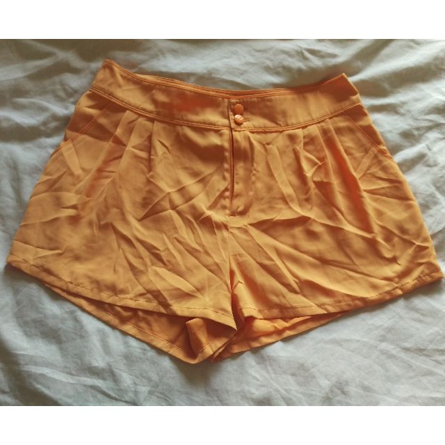 H&M Orange Pleated Short