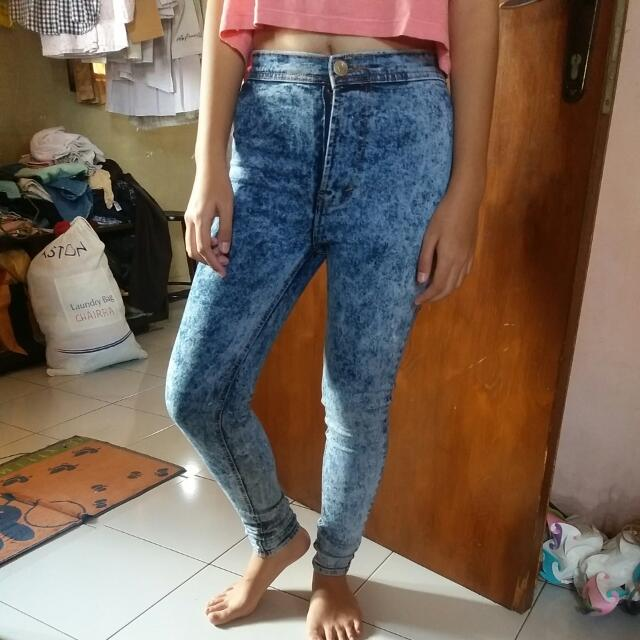 HW Washed Jeans