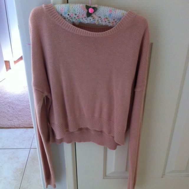 Nude/light Pink Cropped Sweater