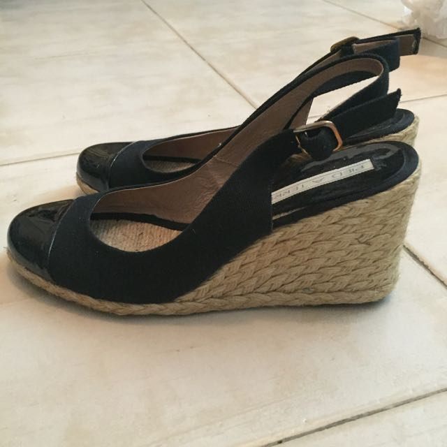 5efbc8955 Pied A Terre Top Cap Espadrille Wedge, Women's Fashion on Carousell