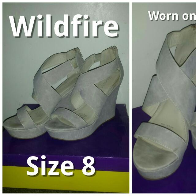 Size 8 beige wedges