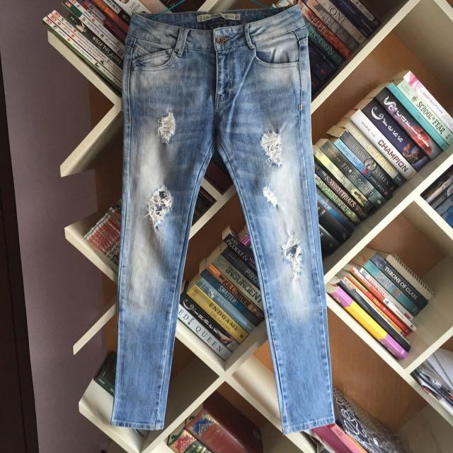 Zara Premium Wash Ripped Jeans