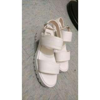 涼鞋(全新)