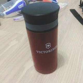 黑蓋酒紅色保溫瓶(有瑕疵)