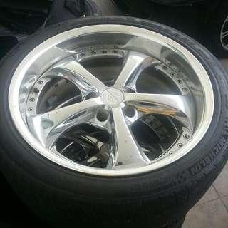 Original Work Japan 18 Inch Rim Wif Tyre