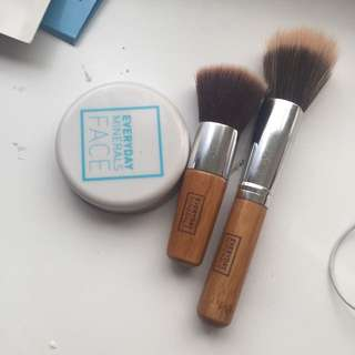 Everyday Minerals Highlight/ Lucent Powder, 2 Everyday Mineral Brush