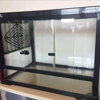 原價900$ 爬蟲類飼養箱