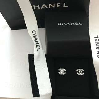 Authentic CHANEL Mini CC Silver Earrings!! NEW