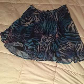 Patterned Blue Skirt Size 10