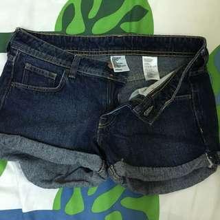 H&M 深藍牛仔短褲