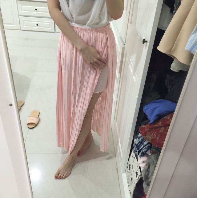 開衩百折半身裙